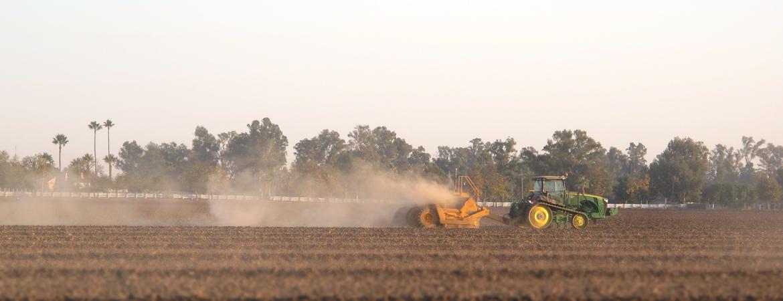Dust in California's San Joaquin Valley