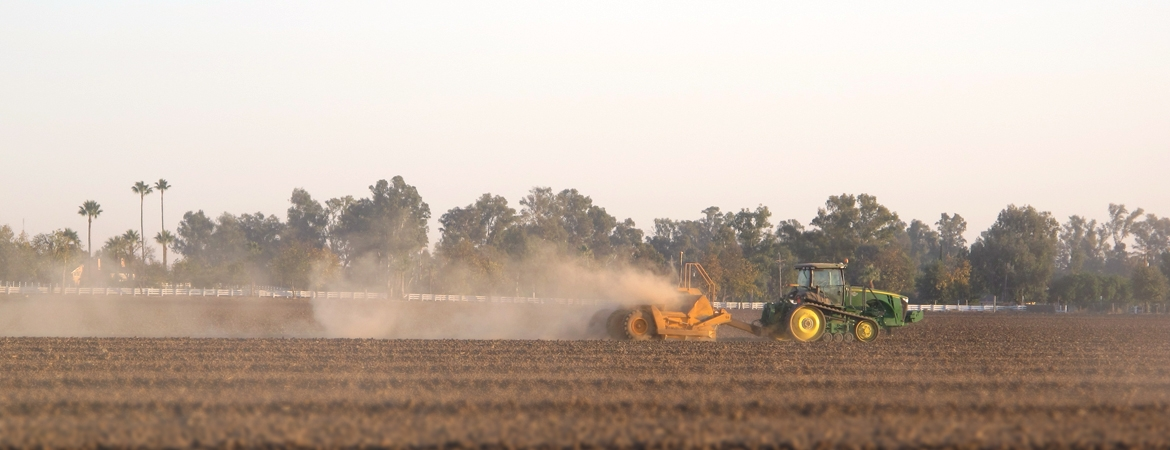Dust in California's San Joaquin Valley